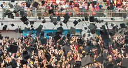 畢業典禮可以辦 陳時中:但家長盡量少來
