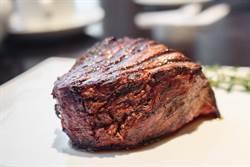 牛排怎煎才好吃?老饕揭2美味關鍵