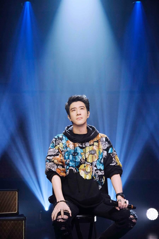 王力宏在浙江衛視《天賜的聲音》節目中表現精彩。(宏聲音樂提供)
