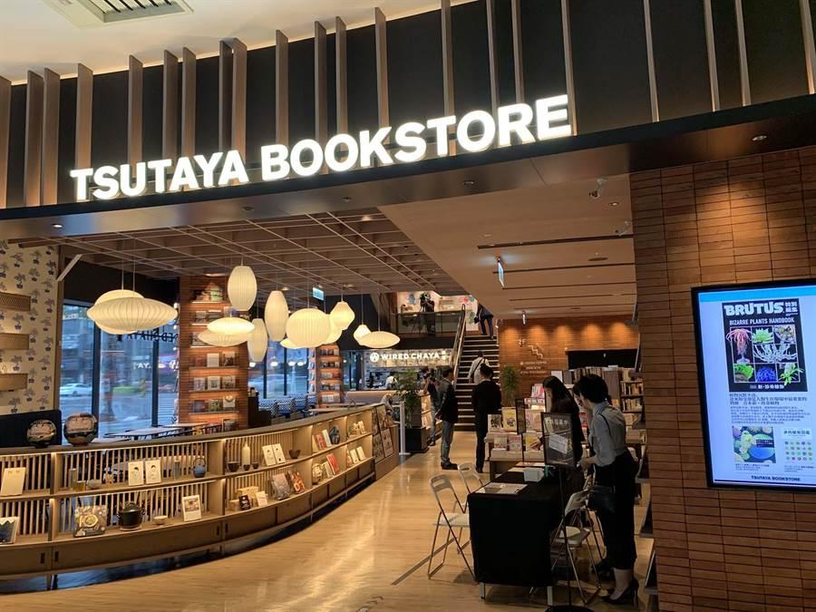 蔦屋書店首度插旗南台灣,預計帶動大立百貨業績漲近2成。(柯宗緯攝)