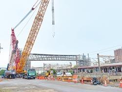大甲火車站人行跨越橋7月完工