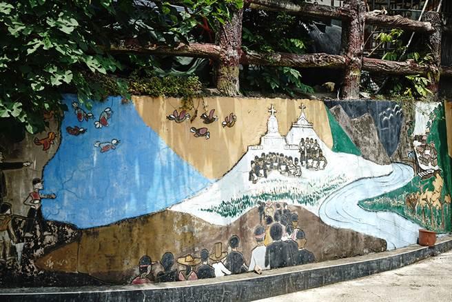 建山部落故事牆,來聽聽布農族人說故事。(攝影/曾信耀/Takao樂高雄/提供)