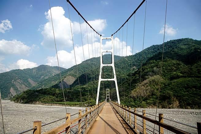 高中部落的索阿紀吊橋是八八風災後所興建。(攝影/曾信耀)