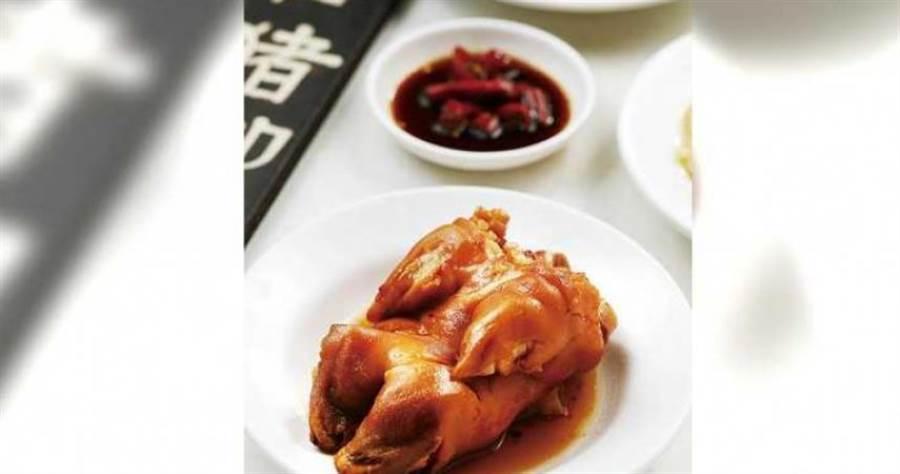 「可口豬腳」鹹香入味、外皮軟嫩、入口即化。(75元)(圖/于魯光攝)