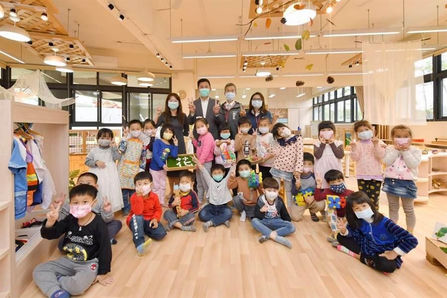 為避免非必要群聚,新竹市公幼及非營利幼兒園首次開放網路登記及報到系統。(竹市府提供/邱立雅竹市傳真)