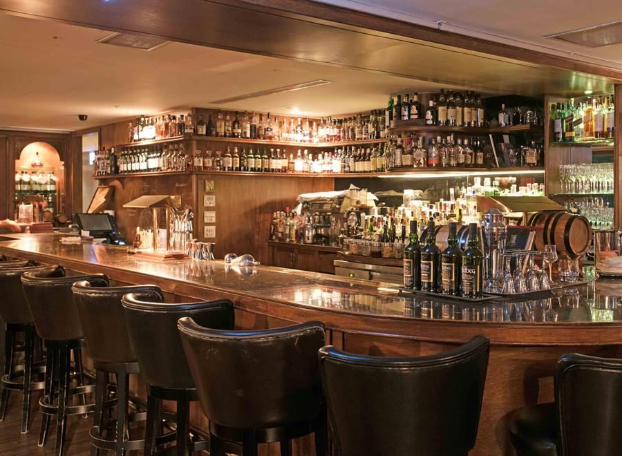 「Home Hotel信義」的Marsalis Home Taipei酒吧。(Home Hotel提供)