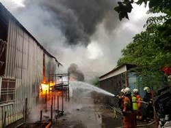 倉庫火警緊鄰護理之家 住民急疏散無人傷亡