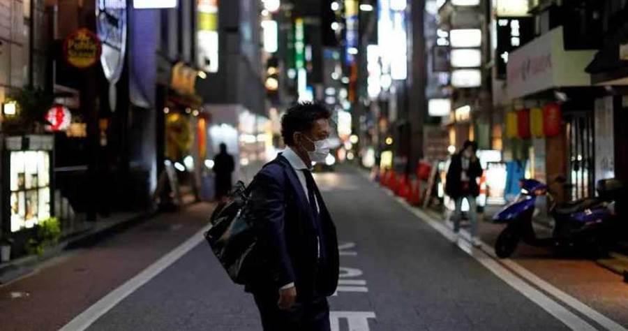 日本已經解除部分地區緊急狀態。(圖/Reuters)