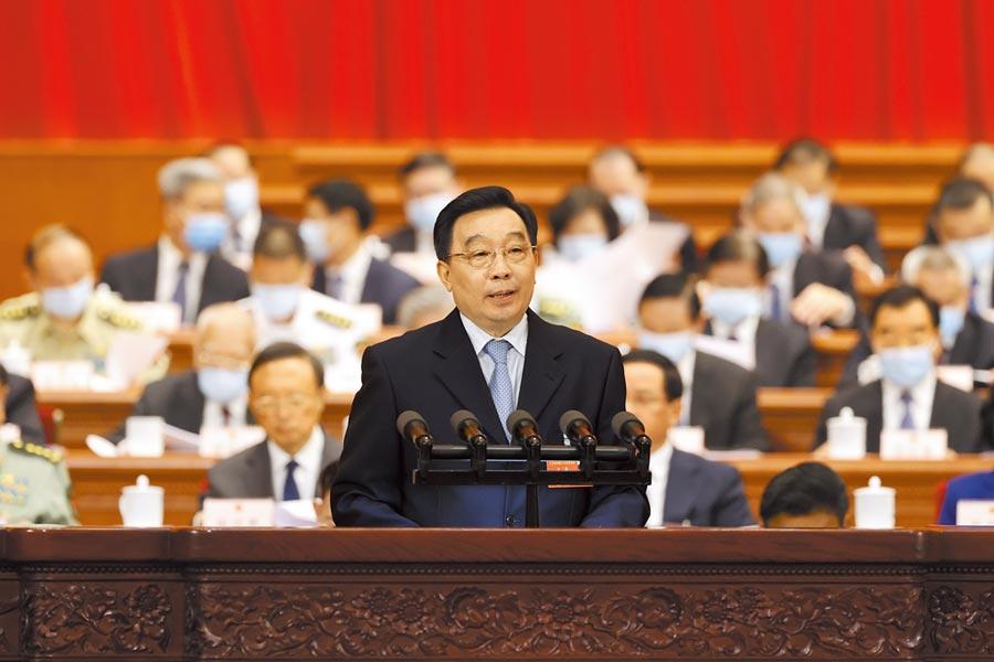 大陸全國人大3次會議將在28日表決「香港版國安法」,人大常委會副委員長王晨22日簡介草案,內容備受各界關注。(中新社)