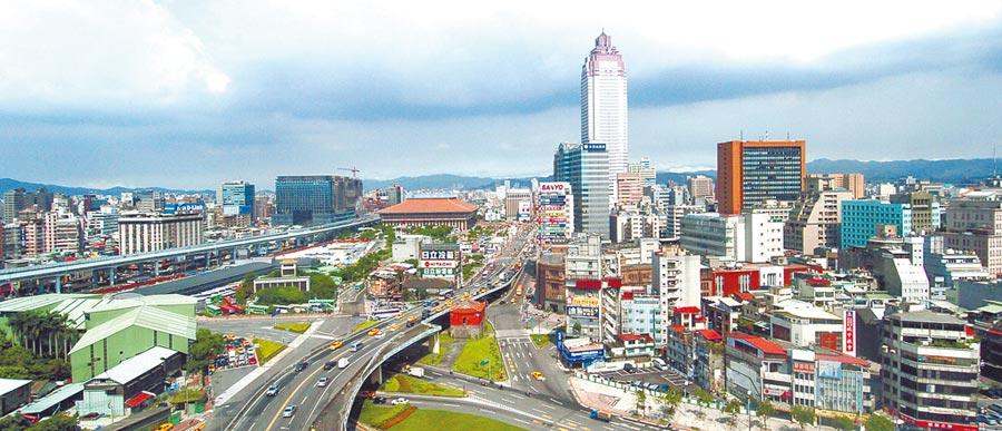 台北巿平均租金高達每坪1379元,為6都之冠,更超過台中、高雄兩地平均租金2倍以上。(本報資料照片)