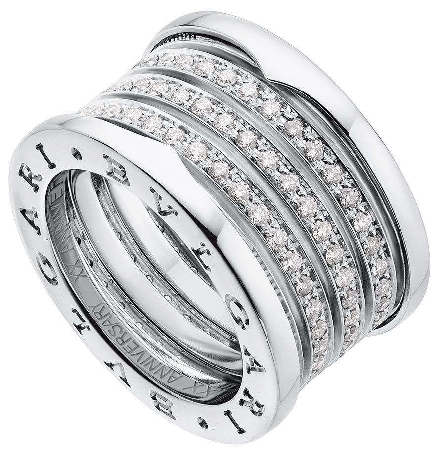 寶格麗B.zero1 Design Legend系列玫瑰金黑陶瓷四環戒指,7萬8800元,B.zero1 20周年紀念版鑲鑽戒指,34萬6800元。(BVLGARI提供)