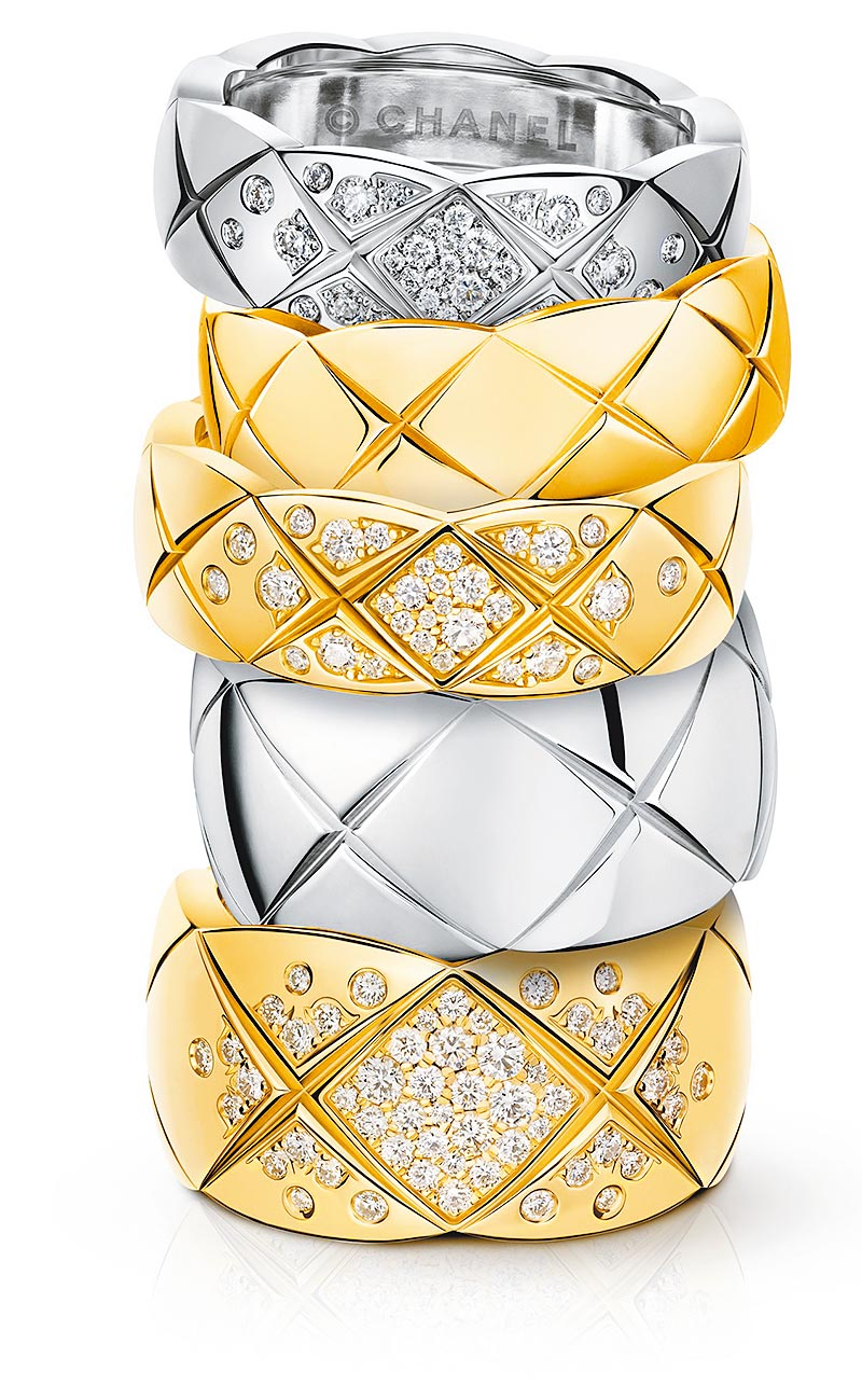 香奈兒的菱格紋COCO CRUSH戒指有多種材質可供選擇,4萬元起。(CHANEL提供)