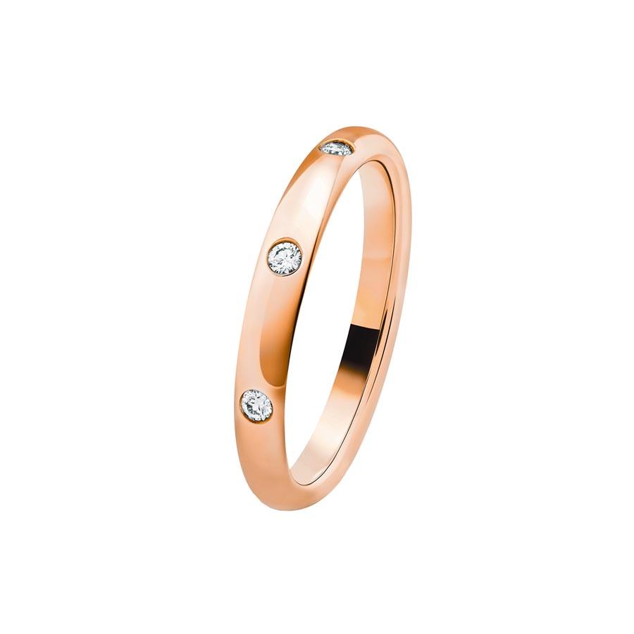 梵克雅寶在結婚季推薦Tendrement Etoiles婚戒,玫瑰金鑲鑽款。(Van Cleef & Arpels)