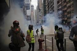 香港反國安法遊行爆衝突 警逮180人 港府譴責暴行
