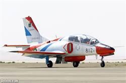 安哥拉接收大陸K-8噴射教練機