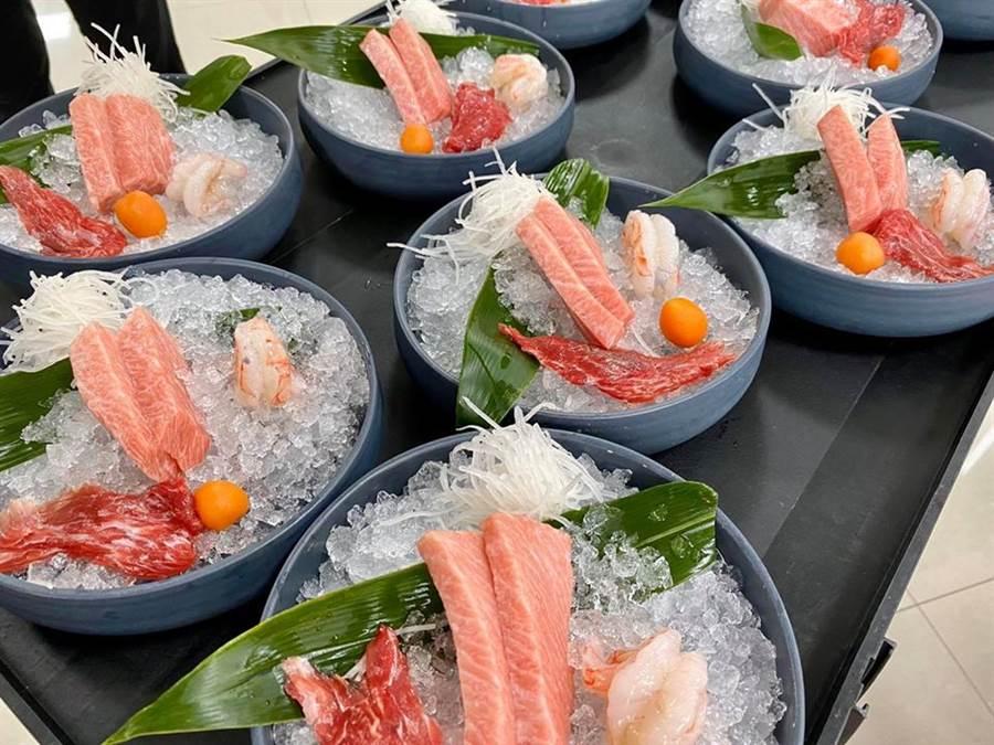 東港佳珍海產餐廳為陳時中部長等人準備的黑鮪魚「Otoro大餐」。想吃這套「部長大餐」,可向佳珍海產預約。(照片來源:佳珍海產餐廳臉書)