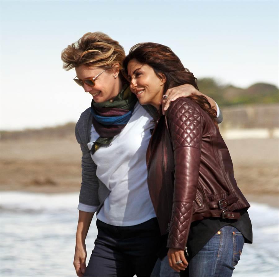 女女戀5年之癢《不只是閨蜜》描述兩名成功女性超乎閨蜜的雅痞愛情。(海鵬提供)