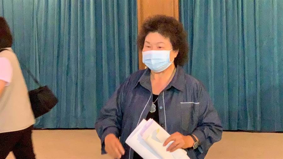 針對6/6罷韓當天是否回高雄投票?總統府前祕書長陳菊直說,「我回來投是應該的」。(柯宗緯攝)