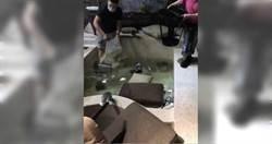 汽車旅館開趴嗨翻 沙發桌子垃圾桶全丟浴池 業者傻:像被轟炸過