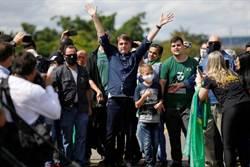巴西疫情炸裂 市長嗆總統:下台閉嘴宅在家
