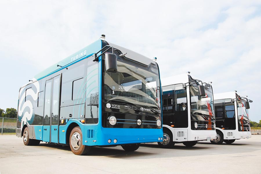 北市無人自駕公車將在本周夜間上路測試。(北市交通局提供)