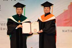大千健康醫療體系總裁徐千剛 獲頒名譽博士學位