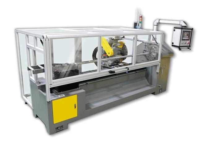 葉興機械出品的切條機是口罩製程的關鍵單機。圖/葉興提供