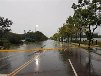 豪大雨致高雄多處淹水 多處積水警戒