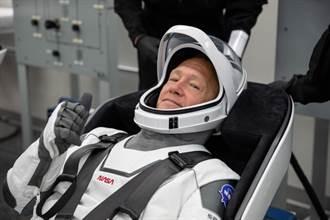 SpaceX的載人處女秀明天登場