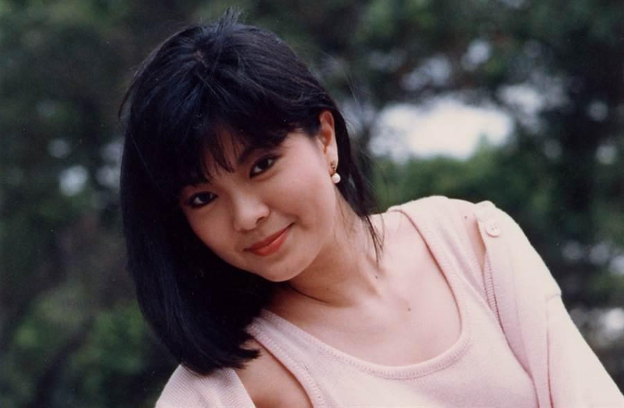 銀霞是資深玉女歌手,她以一首〈蘭花草〉紅遍歌壇。(圖/本報系資料照片)