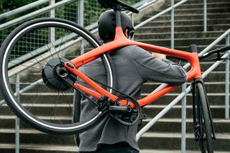 Gogoro首款電動單車亮相 夏天在台開賣