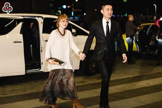 小S徐熙娣(左)丈夫許雅鈞(右)投資的「胖達人」爆發食安案件,台北地院判小S免賠。(資料照/郭吉銓攝)