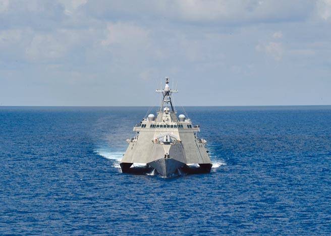 5月12日,吉福茲號瀕海戰鬥艦在南海航行。(取自美國海軍官網)