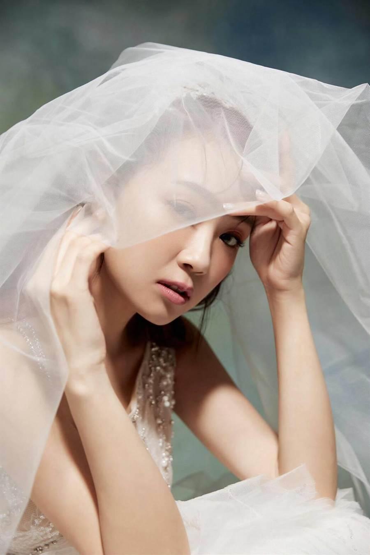 丫頭婚紗照唯美。(LinLi Boutique提供)