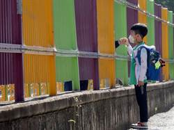 群聚感染隱憂又起 南韓首都圈5百餘校再度停課