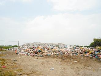 口湖2800噸垃圾 9月底前清空
