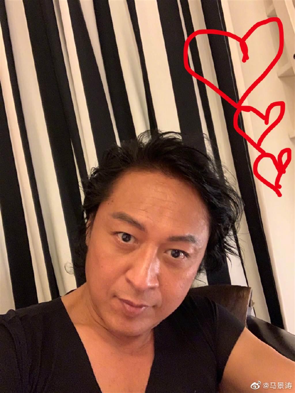58歲馬景濤自拍近照。(取自馬景濤微博)