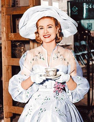 ⑤《上流社會》典雅貴氣公主範(1956)