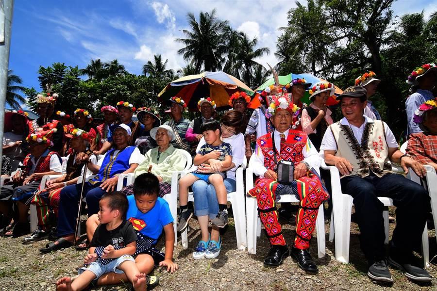 卑南族利嘉部落今日舉行巴拉冠動土典禮,把文化找回來。 (莊哲權攝)