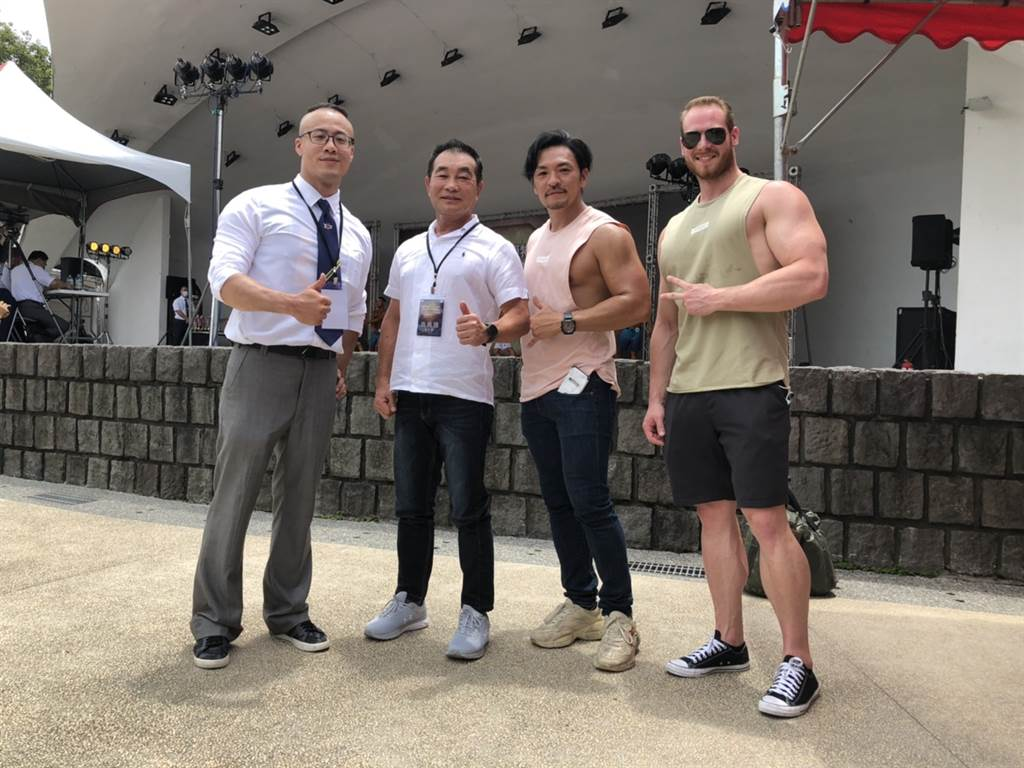 中華民國健美健身協會和臺北市政府體育局周六在台北市228公園舉辦Fit model健身模特兒錦標賽。(中華民國健美協會副秘書長陳緯哲提供)