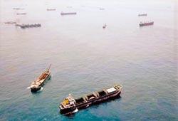 今年已驅離1231艘 不法獲利逾60億元!陸盜砂船猖獗 綠委提案重罰5千萬
