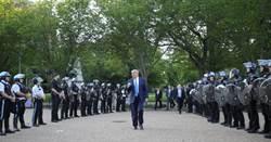 影》清場!為了讓川普拍照 和平示威者遭警催淚彈襲擊