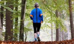 深蹲真的能延壽?適合年長者的5個日常「微運動」