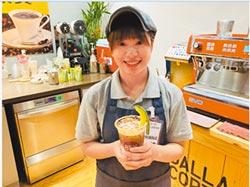 吳瑋婷拿下85℃第一屆咖啡師大賽冠軍