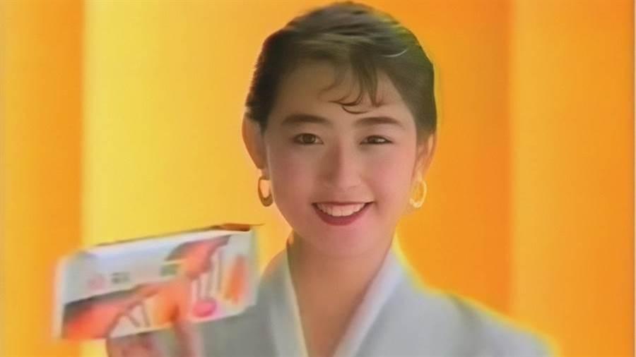 崔麗心是十大校園美女中名氣最大的一位。(圖/微博)