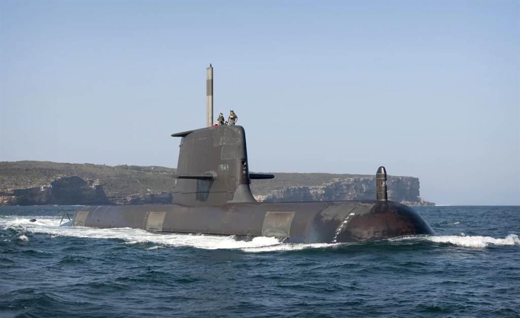 澳洲海軍的柯林斯級潛艦,排水量達3000噸,是相當大的柴電潛艦。(圖/澳洲海軍)