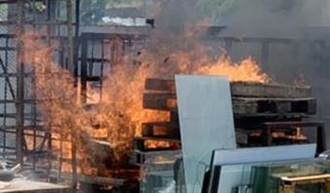 起火天!彰化織襪廠大火 隨後玻璃工廠也成火海