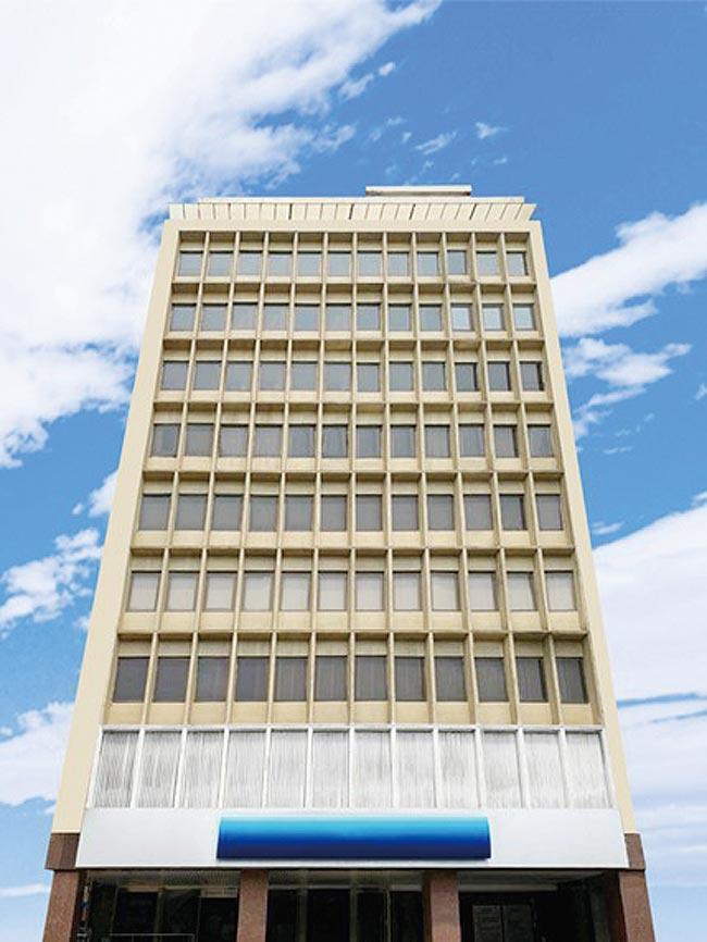 世邦魏理仕公開標售台中市中區民權路知名外商銀行店面。圖/世邦魏理仕提供