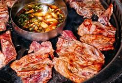 「站著吃烤肉」歡慶一周年!南霸天北上同慶High翻信義區