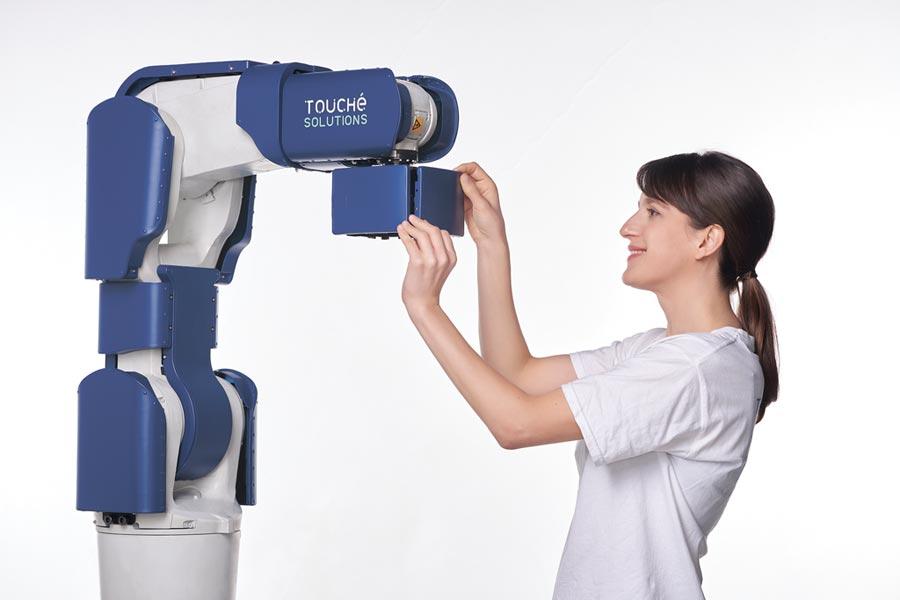 T-Skin可讓任何機械手臂都能快速擁有安全防護,適用於任何工業應用情境。圖/原見精機提供